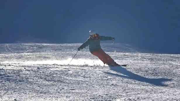 SAJ1級の美人スキーヤー