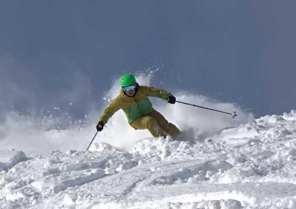 八方尾根スキー場のパウダー滑走の鬼!